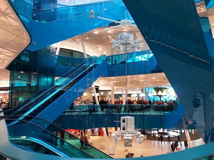 Tuff framtid spås för svenska köpcentrum